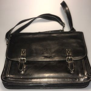 GUCCI Leather Briefcase with Shoulder Strap